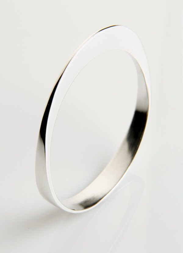 Circle of Dreams Silver Bangles
