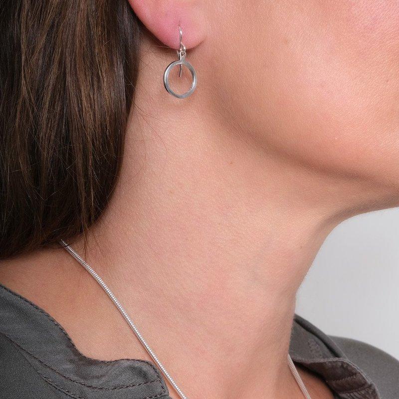Daisy Days Silver Swing Earrings